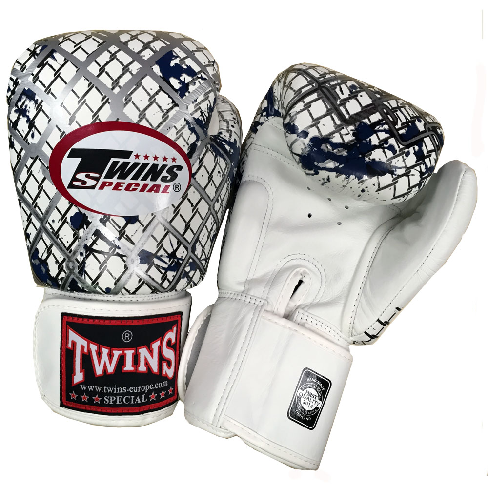 Shiv Naresh Teens Boxing Gloves 12oz: Twins Thai Boxing Gloves